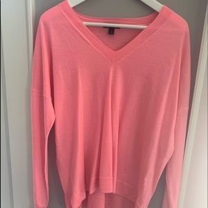 v-neck boyfriend sweater